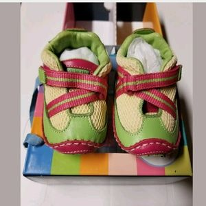 Stride Rite stage 1 girls shoes